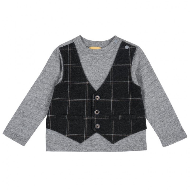 Tshirt gris con chaleco a cuadros